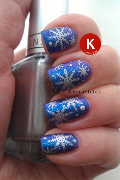 Snowflake nails stamping