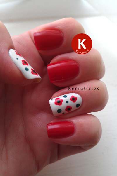 Remembrance Sunday Poppy Nails