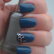 Blue leopard spots accent nail