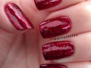 Essie Leading Lady nails