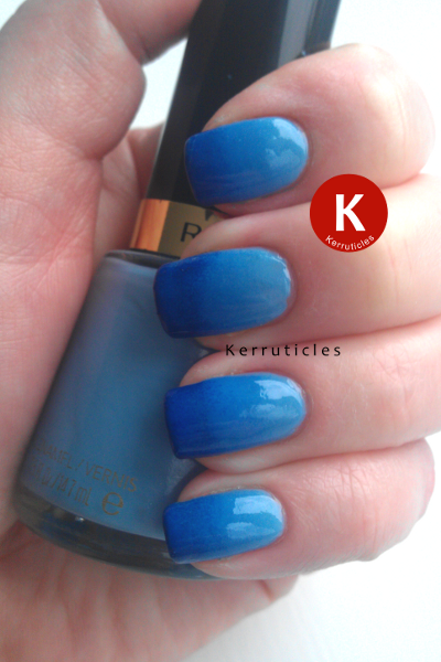 Blue gradient nails using: Revlon Dreamer Collection 2000 BMX Bandit and George Boom