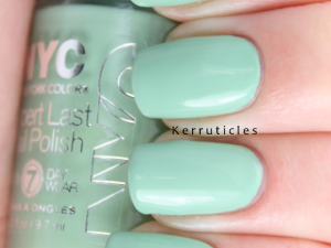 NYC Mint Macaroon nails