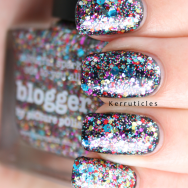piCture pOlish Blogger nails