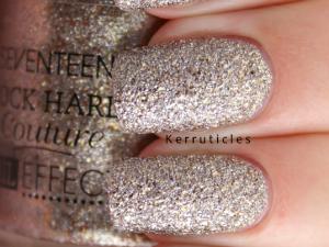 Seventeen Charm Bracelet nails