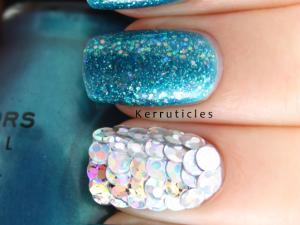Mermaid nails Sinful Colors Aqua, Nail Junkie, silver holographic sequin discs