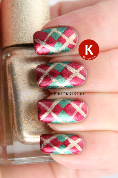 Red gold green Christmas Argyle manicure