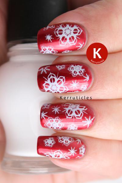 Red white snowflakes nails