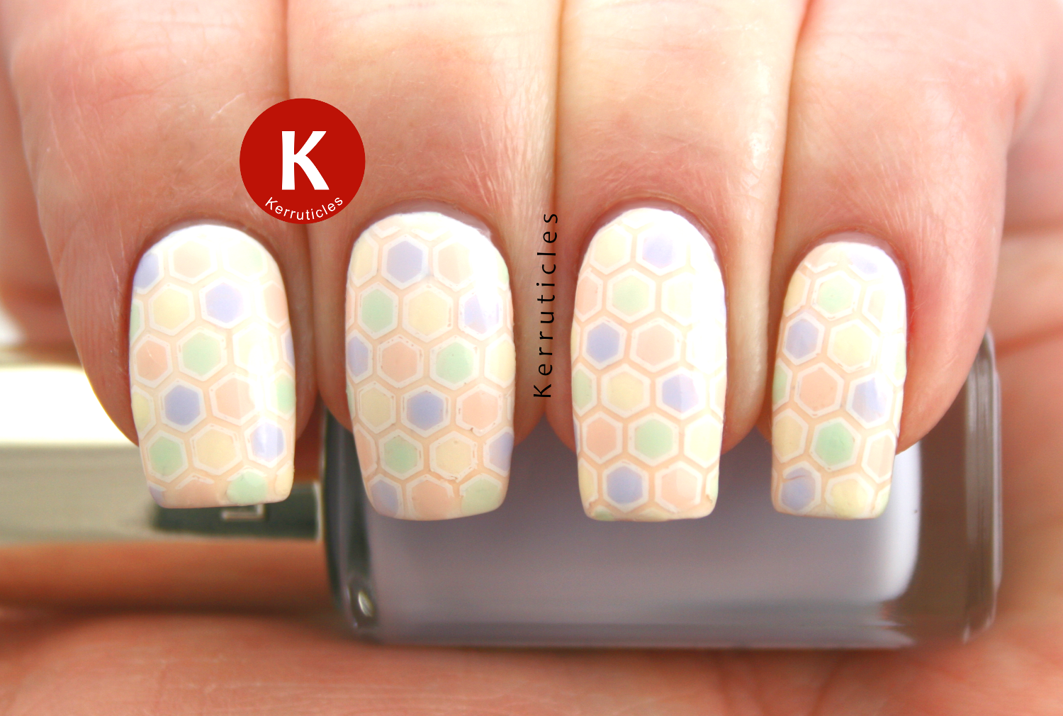 L'Oreal Les Blancs pastels stamping decal