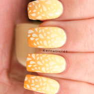 Yellow gradient using Max Factor Mellow Yellow, Collection 2000 Lemon Soda and Barry M Mustard; stamped with Mundo Des Uñas Cream and CICI & SISI 02