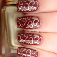 Nails Inc Tate stamped with gold hearts, using Barry M Foil Effects Gold and CICI & SISI 01