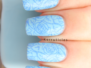 Blue roses: Nail Geek Dreams stamped with MDU Holland Blue using CICI & SISI 03