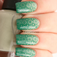 Stamped green gradient: OPI Stranger Tides, Barry M Cardamom, Mundo De Uñas High Green, BPS BP-20