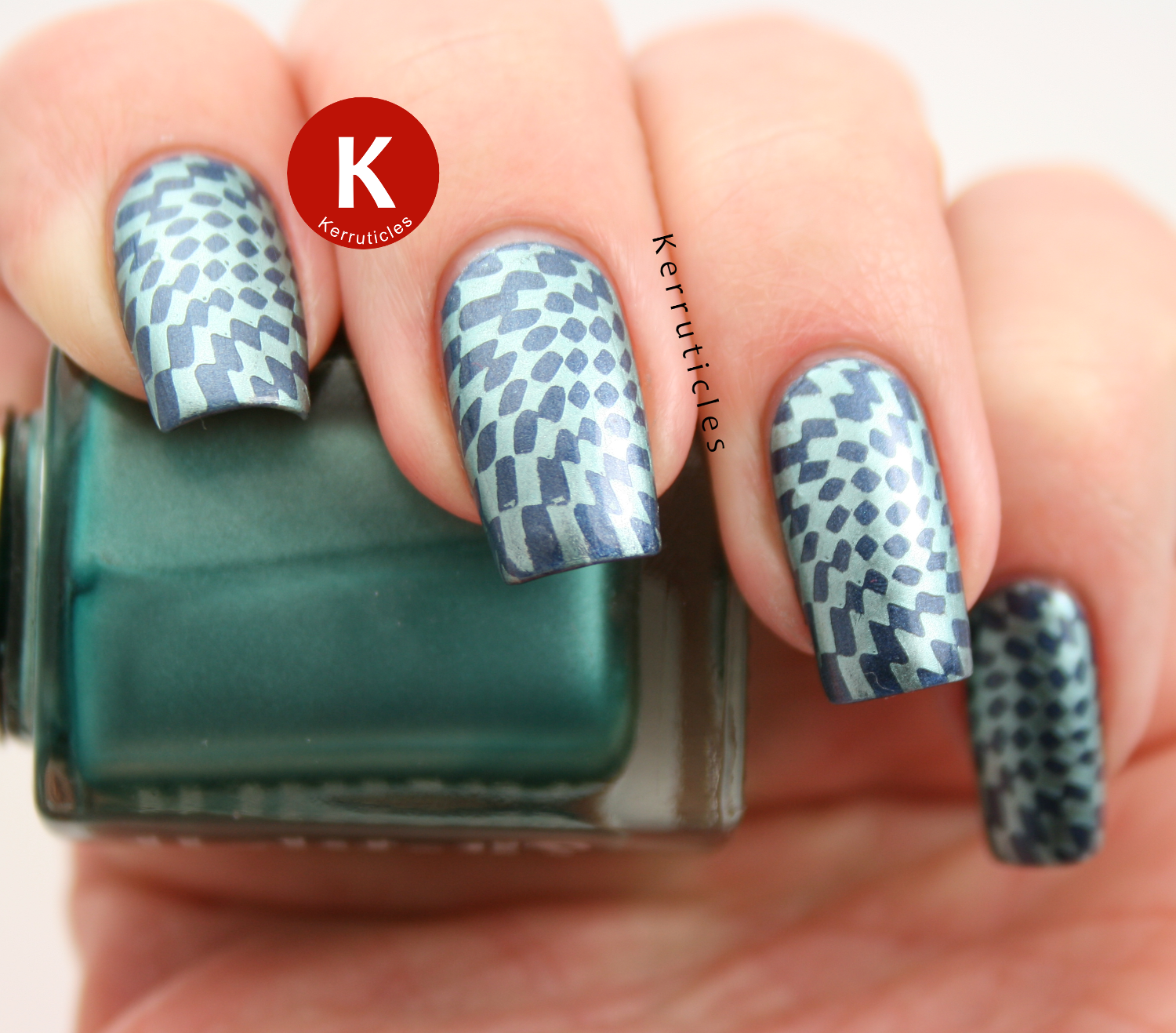 Metallic stamping using Barry M Magnetic Blue, 2true Aglaia and MoYou Pro VII