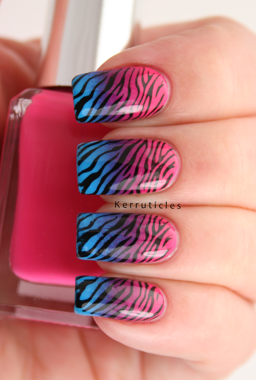 Pink, Purple and Blue Gradient Zebra Nails | Kerruticles