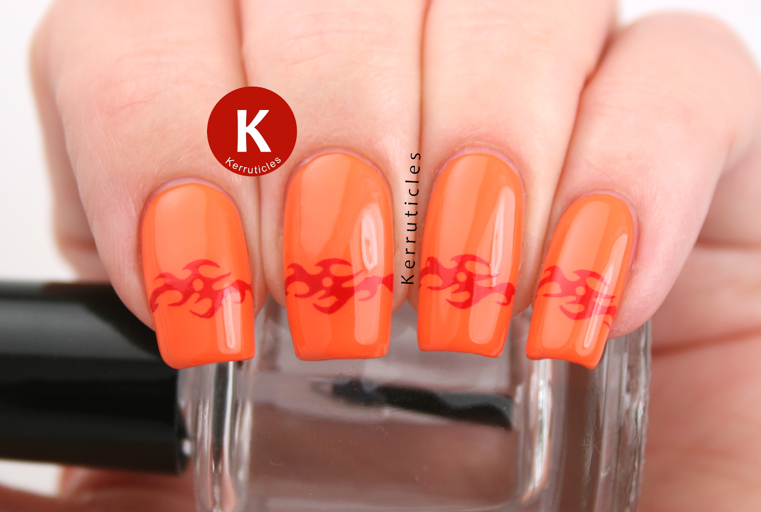 Nella Milano Chilli Blaze stamped with a Celtic tattoo design using Bundle Monster BM12 and Mundo de Uñas Red