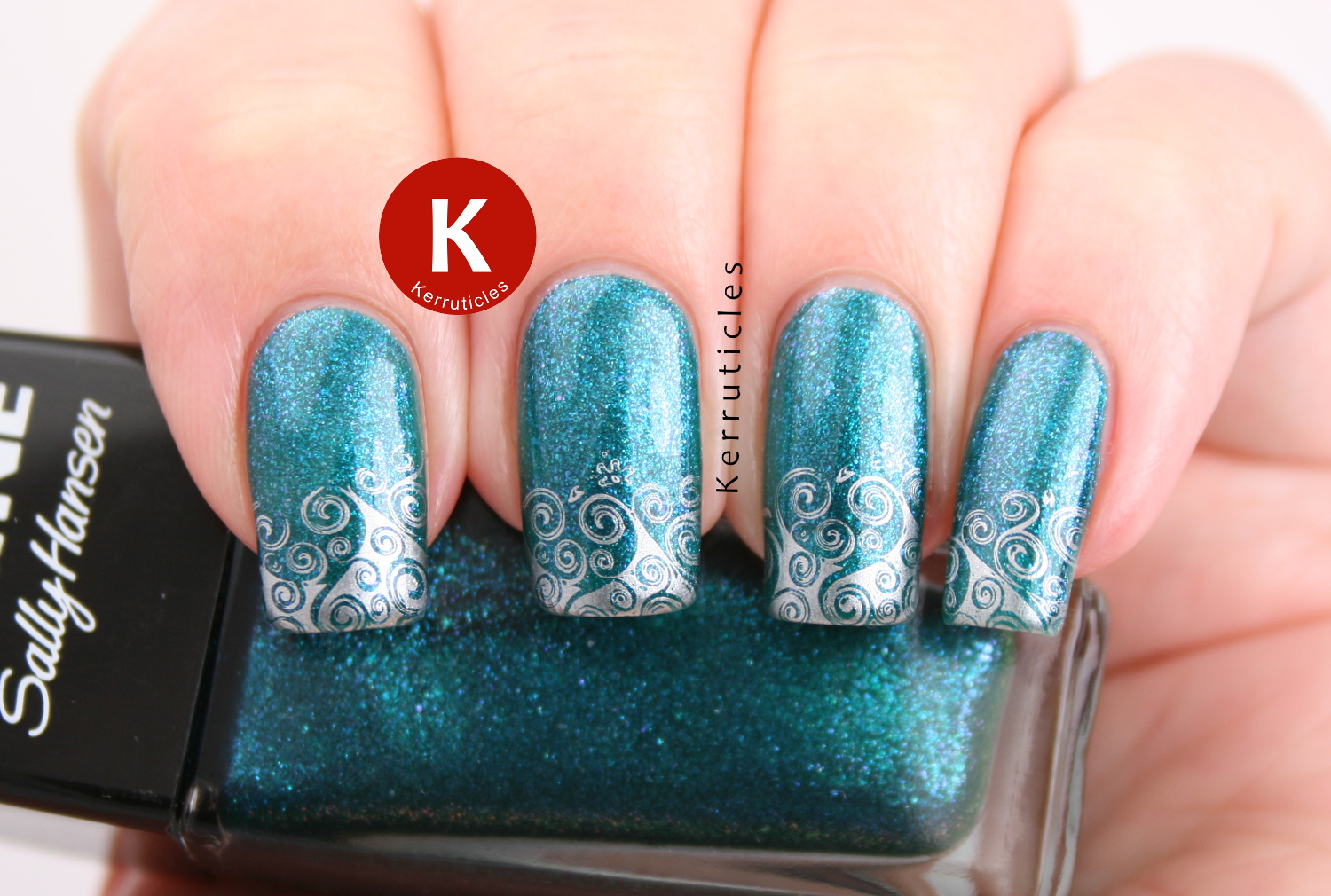 Sally Hansen Sparkling Water with waves stamping using Born Pretty Store BP-18