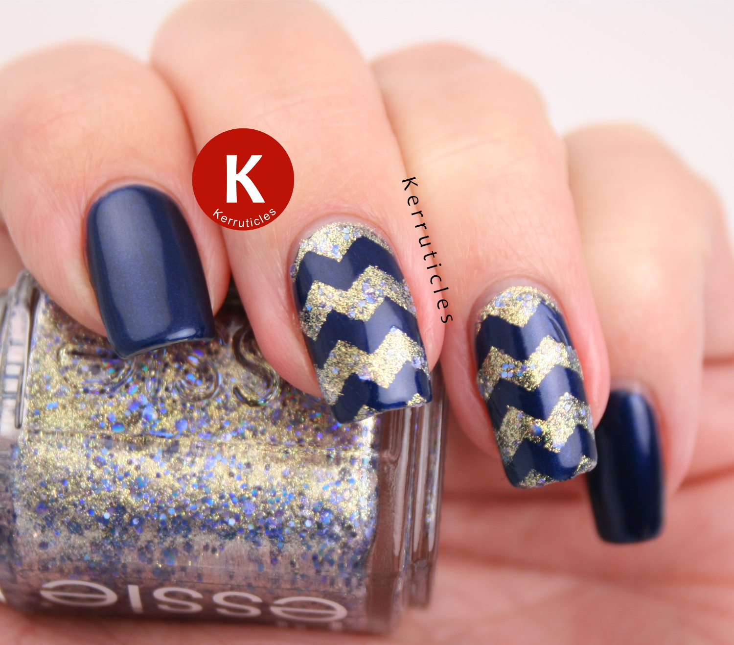 Navy and gold zig zags using Chanel Fortissimo and Essie On A Silver Platter