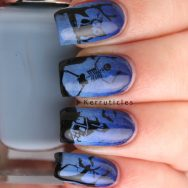 Blue Halloween scene nails