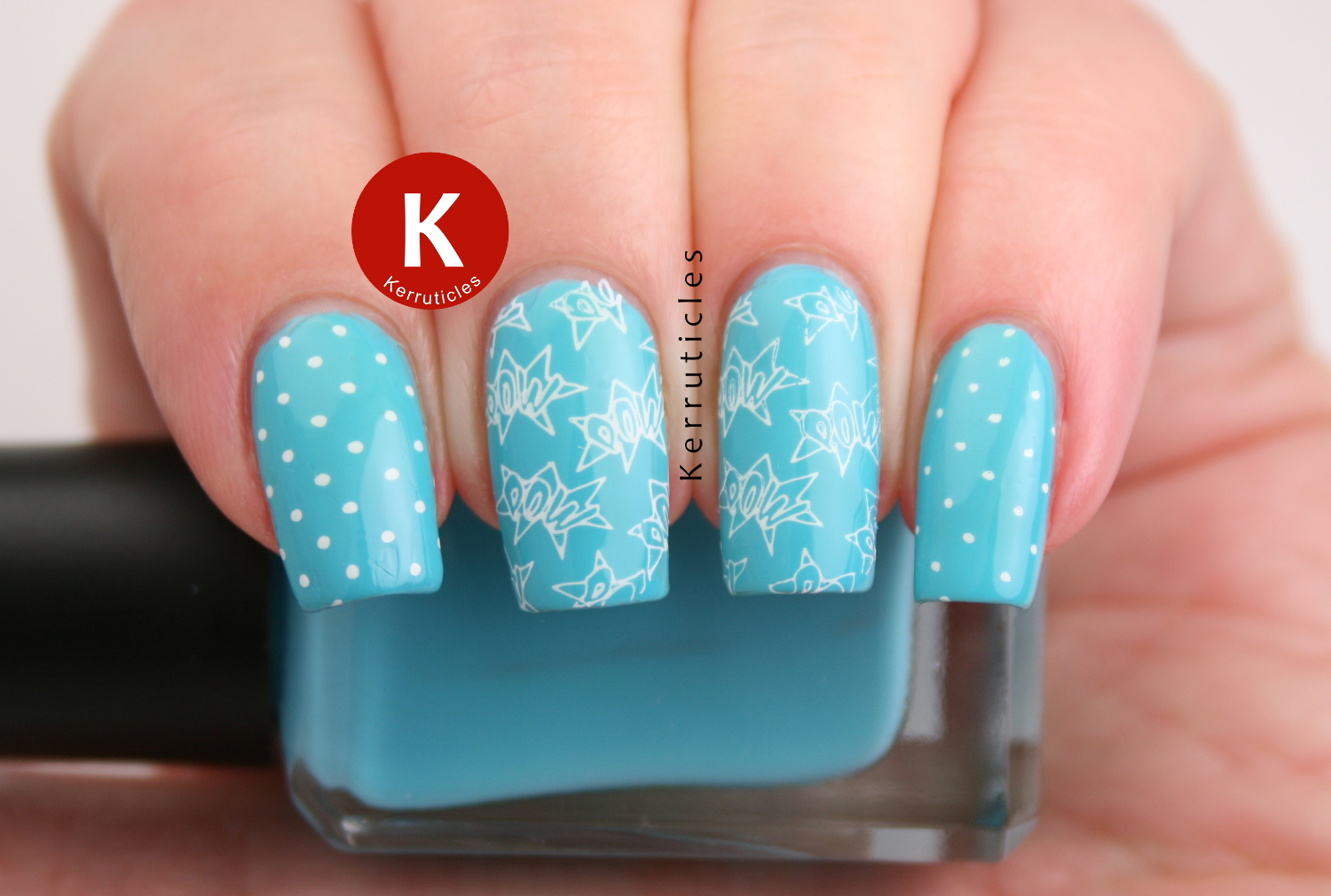 Turquoise comic style nails