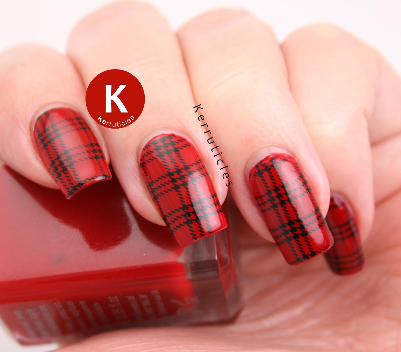 Red tartan manicure