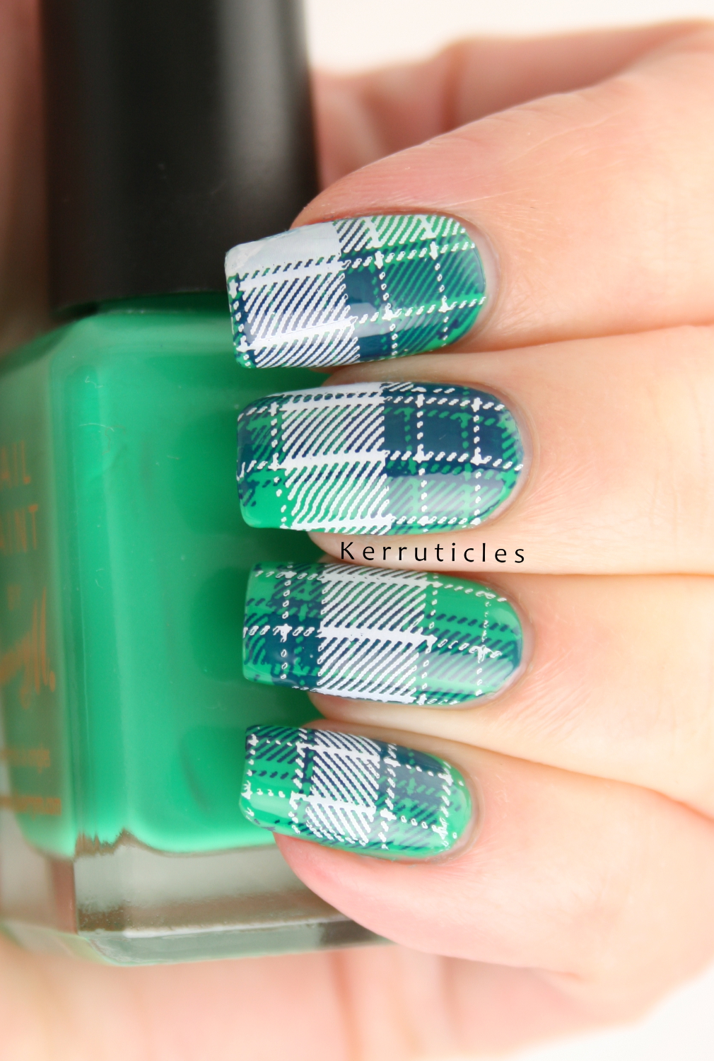 Green Blue And White Tartan Kerruticles