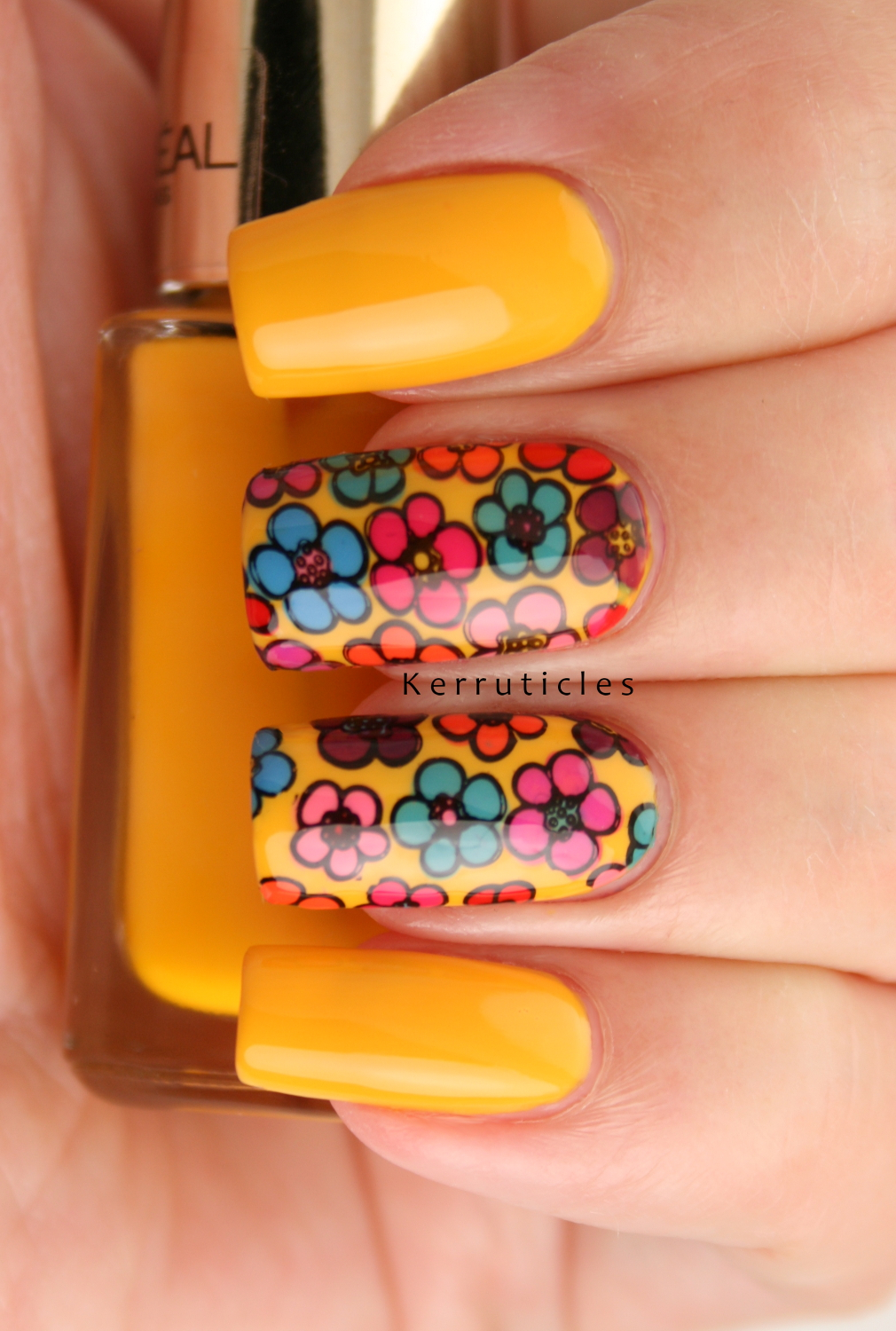 Multicoloured Fl Nails Hippie Flower Manicure