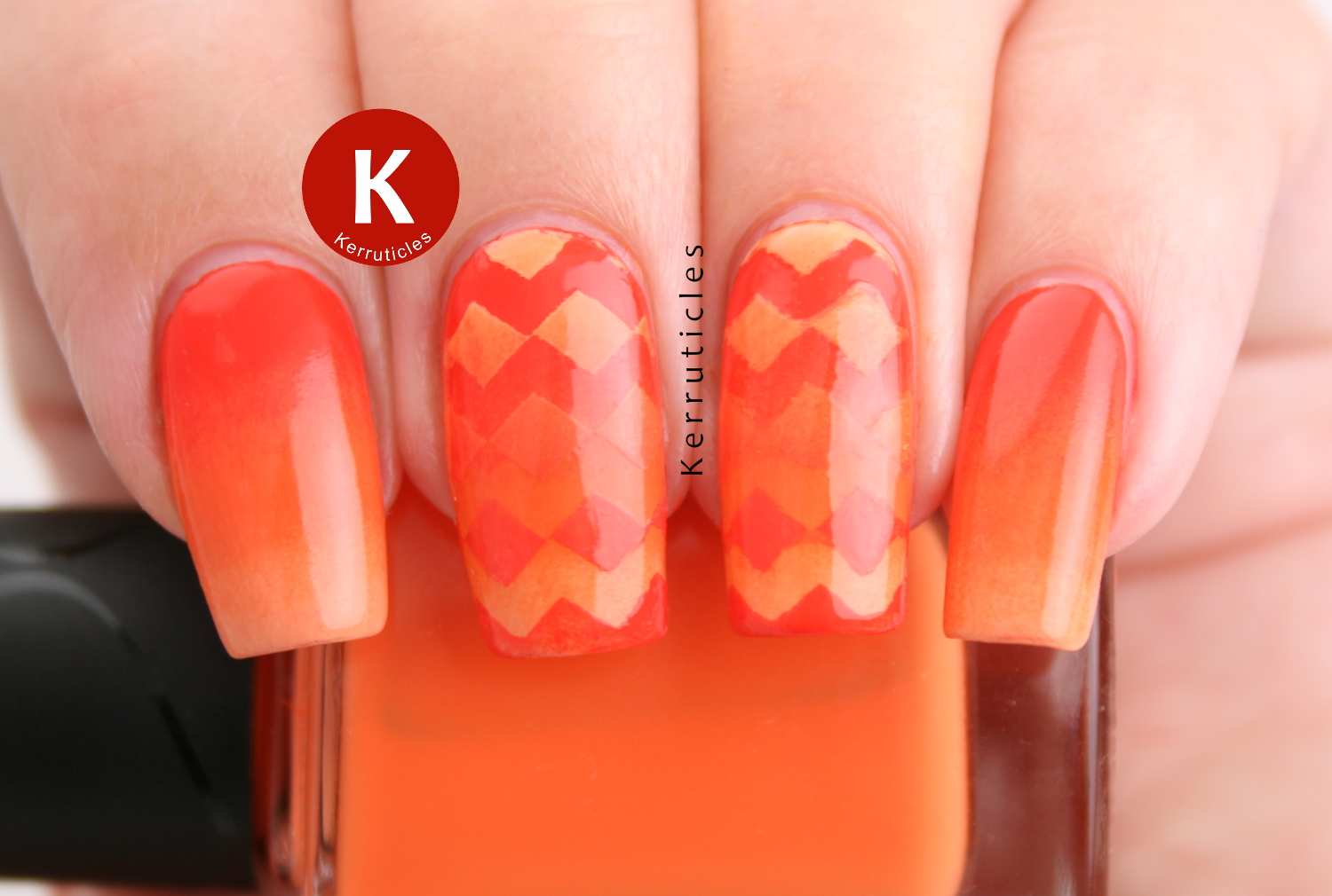 Orange reciprocal gradient zigzags