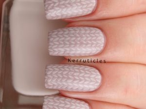 Autumn jumper knitted nails