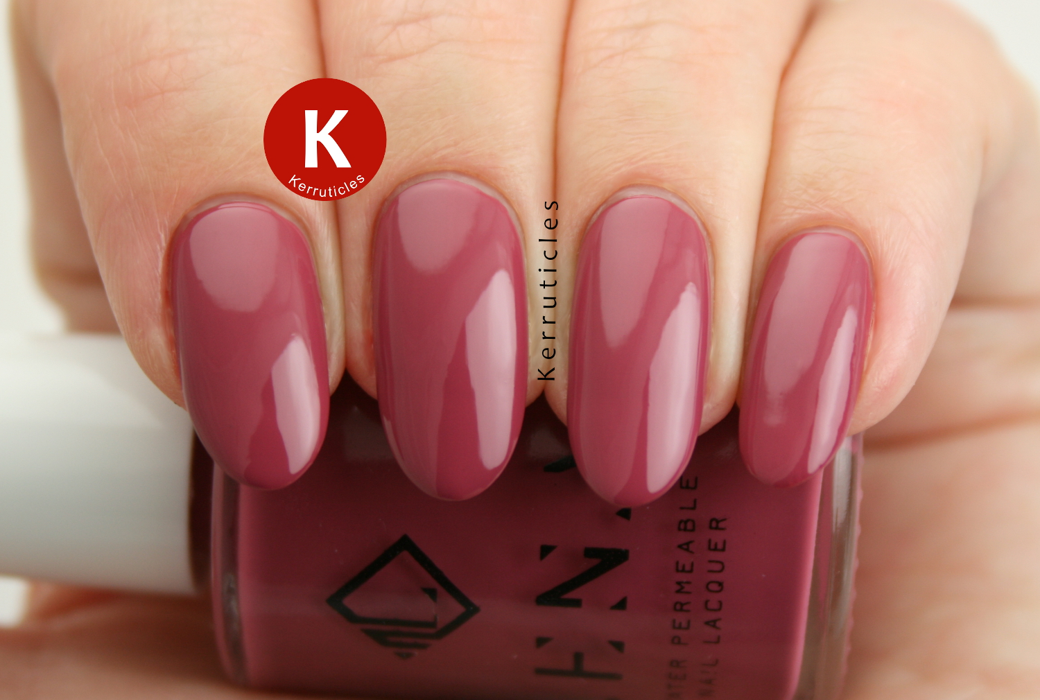 LENA Egyptian Fashionista (LE12) ... and a new nail shape | Kerruticles