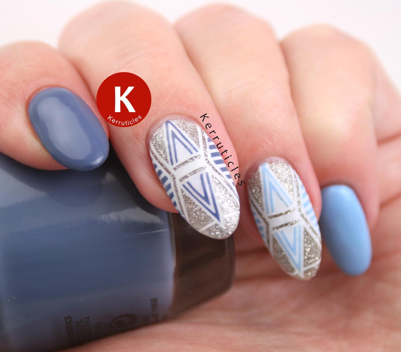 Blue geometric glitter manicure